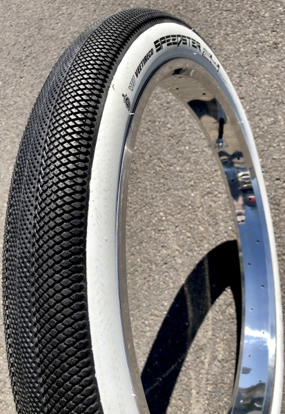 Tire Vee Speedster 26 x 2.8 black whitewall