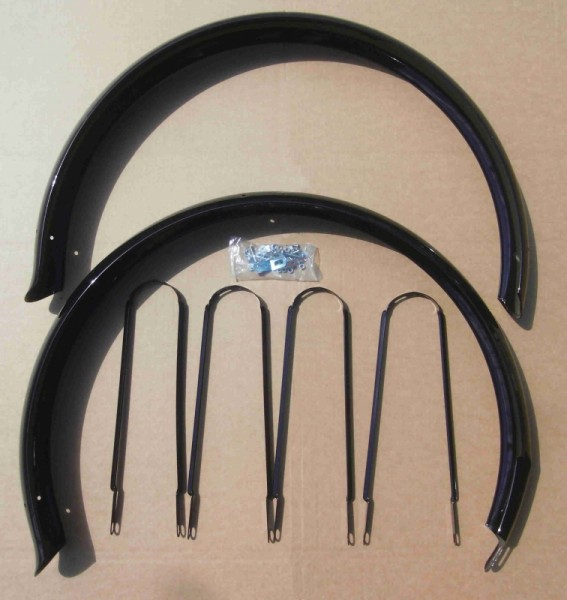 Extralong Fender Set 26 inch. with Ducktails, black