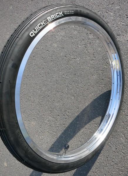26 x 2.125 Tire Quick Brick black