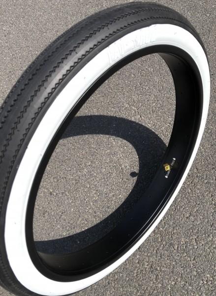 Tire Fat Hog 26 x 3.0 76-559 white wall