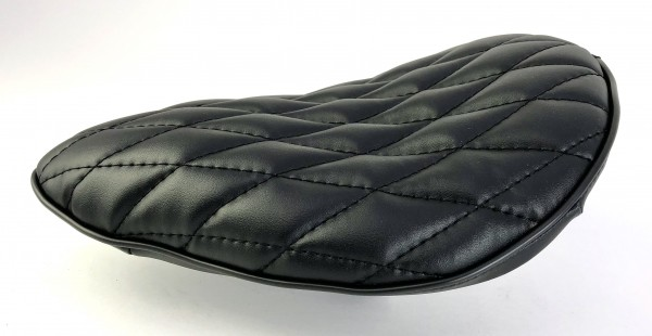 Board Tracker Saddle black with black diamand seams