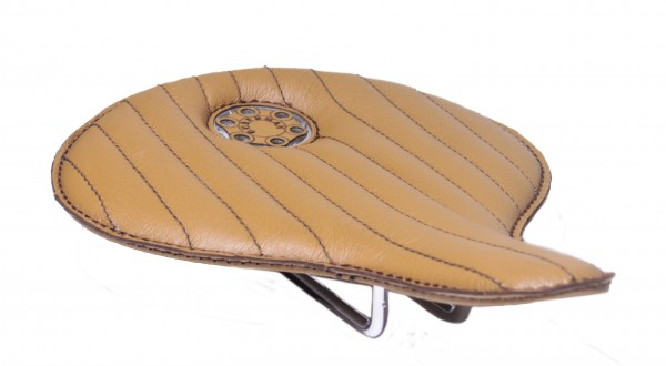 Avantgarde Saddle Leather Light Brown with Brown seams
